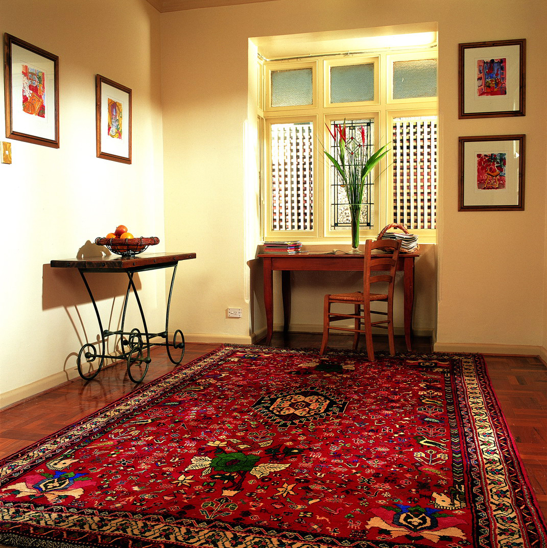 Interior by hayko hayko fine rugs and tapestries for Bedroom ideas red carpet
